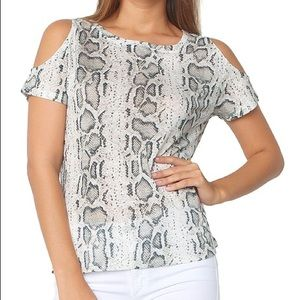 Generation Love Amber Cold Shoulder Top Size XS